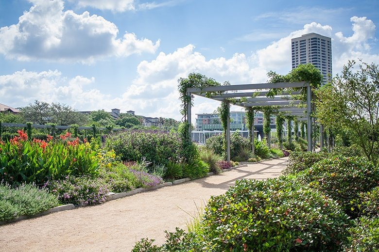HERMANN PARK'S NATURE COMPLEMENTS MUSEUM DISTRICT'S CULTURE