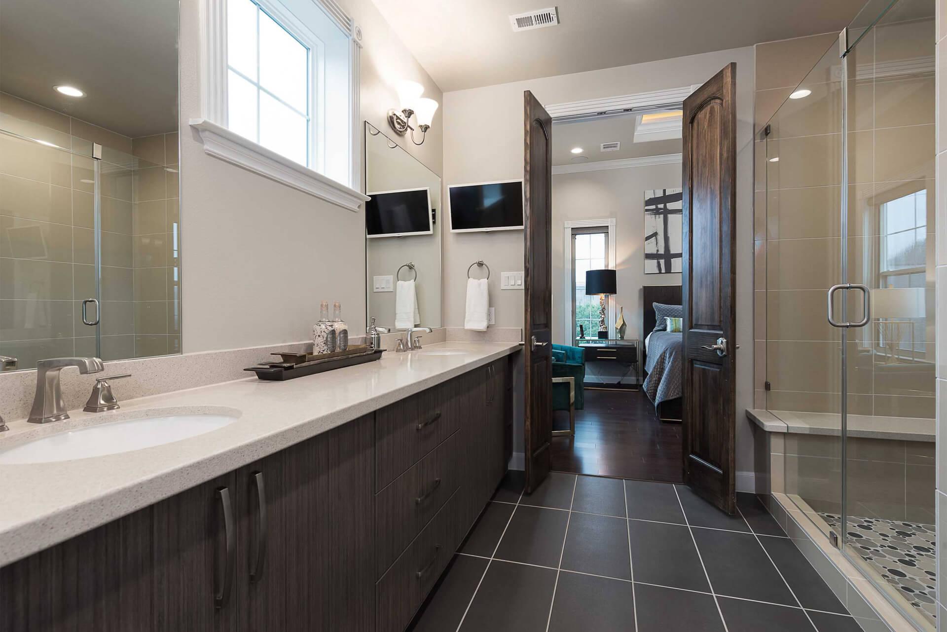 2307A_Master Bath_Room_2.jpg