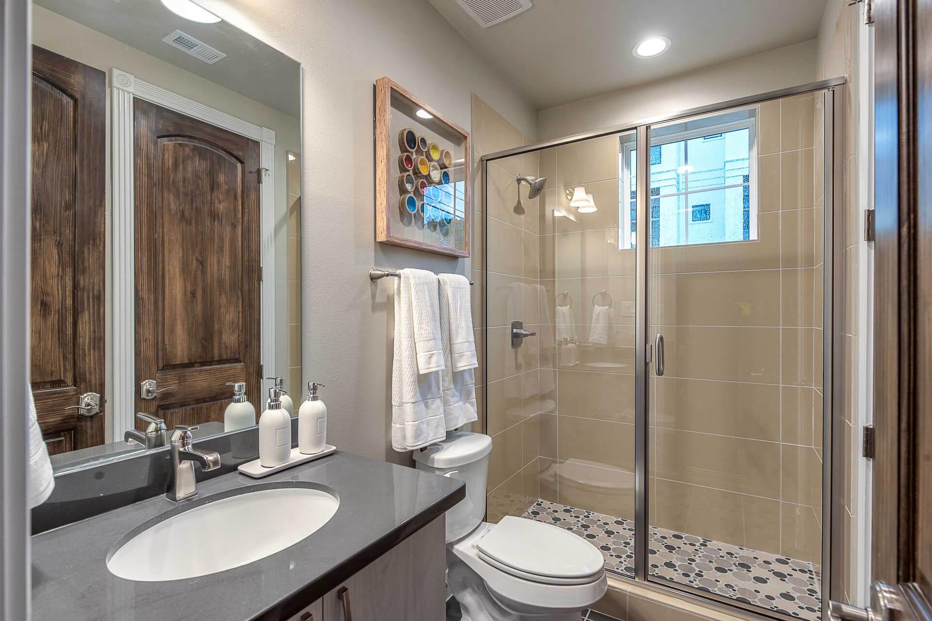 2307A_Third_Bath_Room.jpg